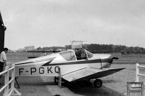 1955 Jodel D112 au hangar Aéro-club de Courbevoie