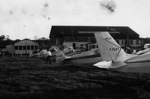 1970 la flotte au parking vue arrière Aéro-club de Courbevoie