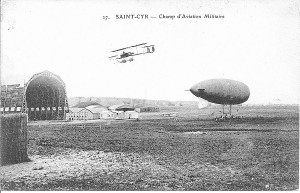 Champ d'aviation militaire de Saint Cyr l'Ecole en 1910