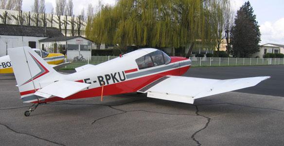 F-BPKU Robin DR 221 « DAUPHIN » Aéro-club de Courbevoie